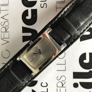 GUESS Watch - Leather Band - Working Condition